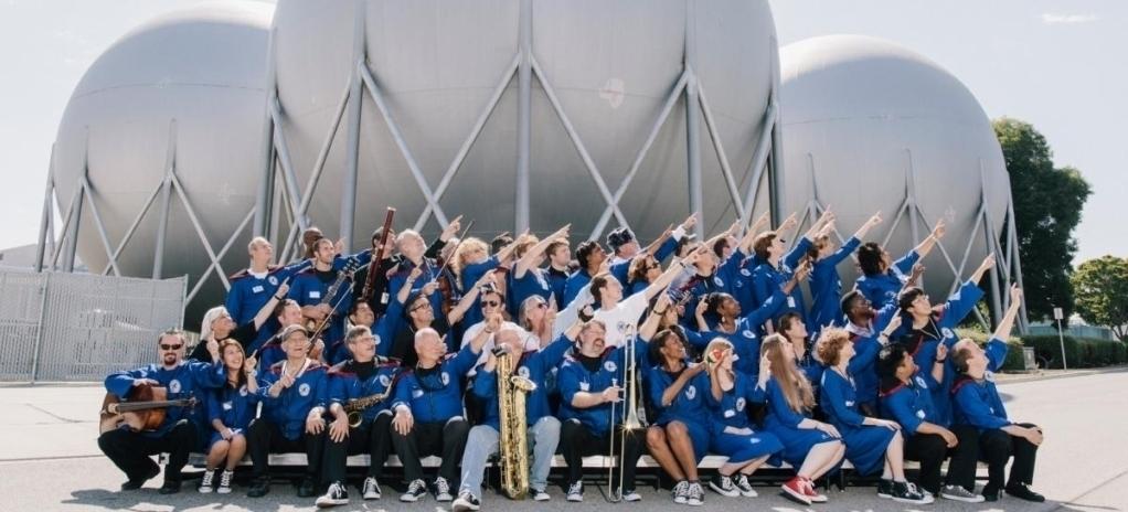 שיר חדש בשיתוף תזמורת החלל הבינלאומית